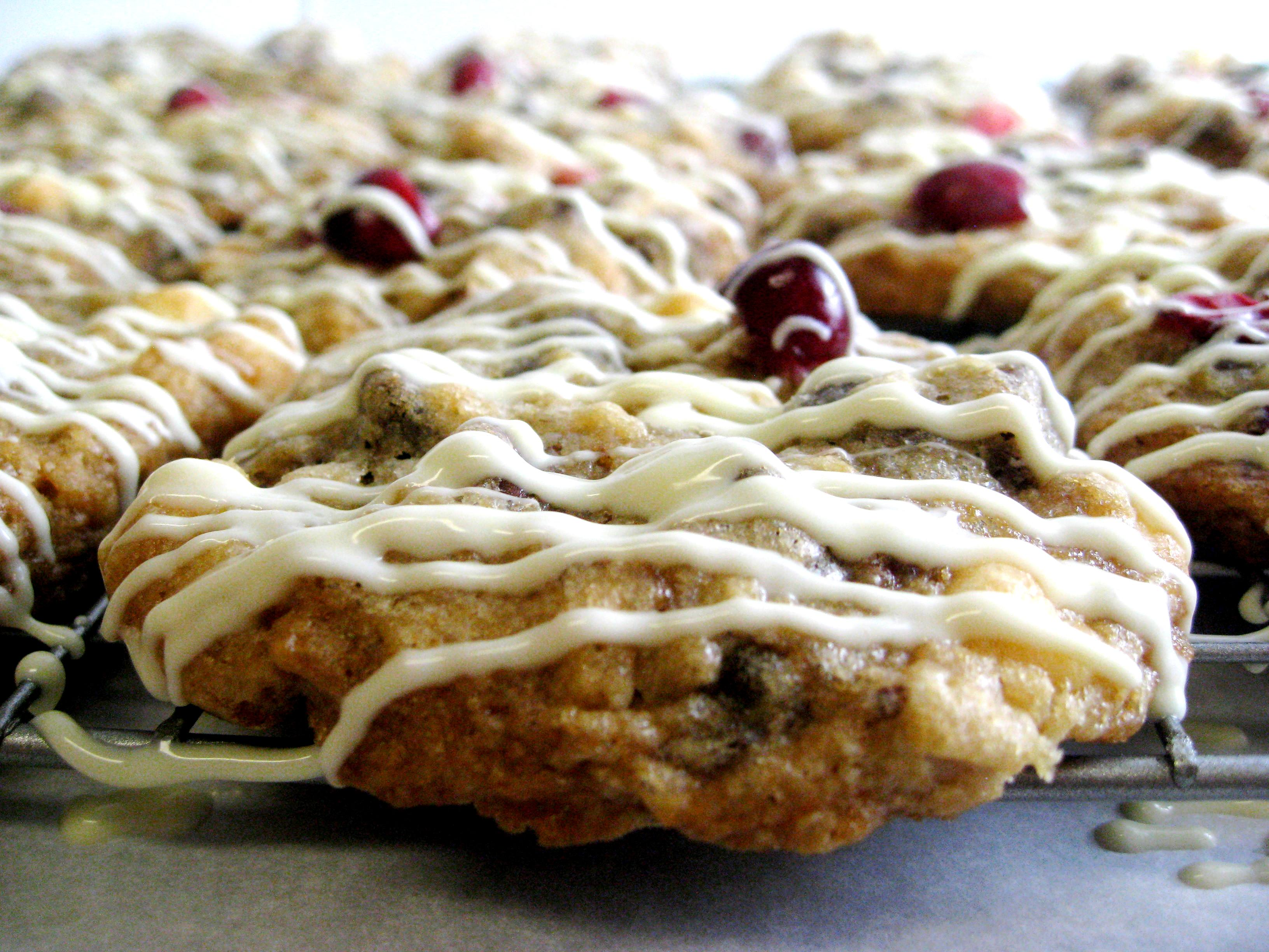Triple-Chocolate Cranberry Oatmeal Cookies - Pure Roots Nutrition